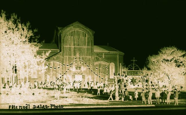 Fête Noel - Dalat 1930s - LỄ GIÁNG SINH ĐÀ LẠT NĂM  XƯA