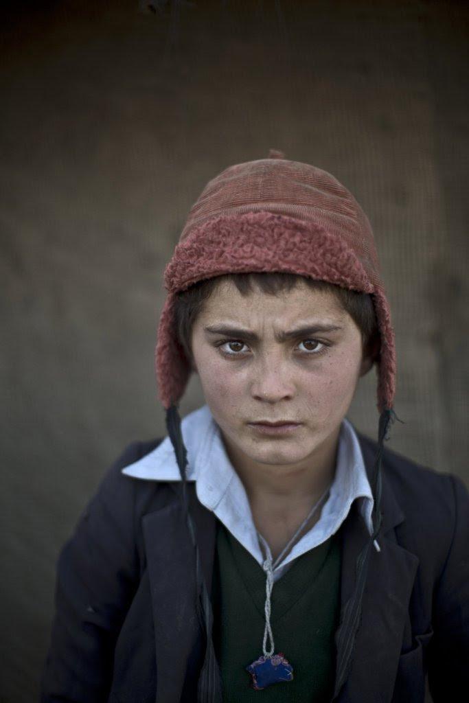 Awal Gul, 12 ετών
