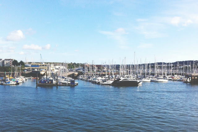 7 uk lifestyle blog vivatramp things to do seaside hometown harbour.