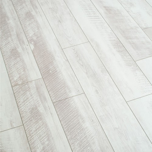 white washed laminate wood floor idea