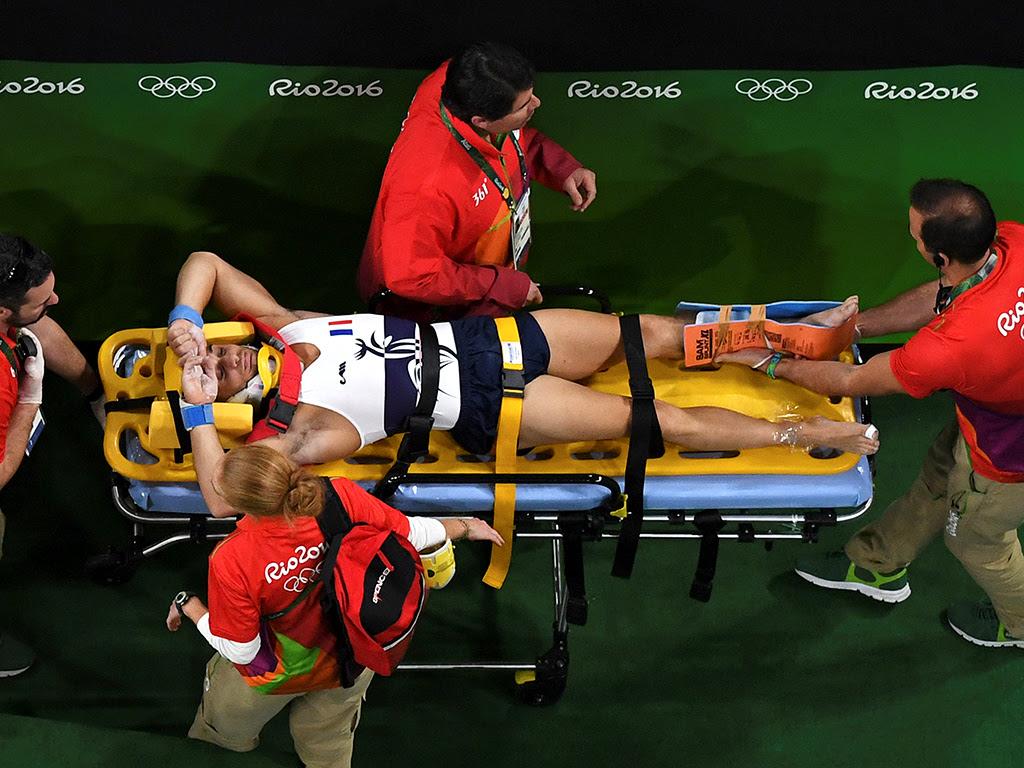 الجمباز الفرنسي سمير آيت سعيد فواصل الساق في دورة الالعاب الاولمبية