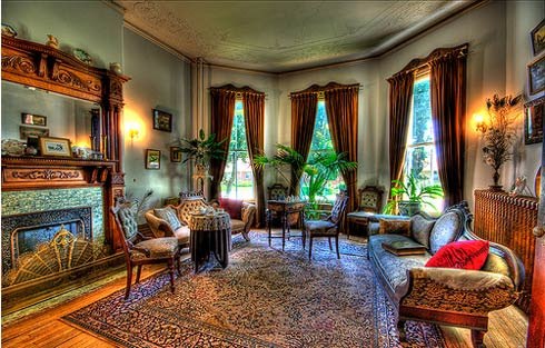 Furniture Home Design on Very Beautiful Interior Design Victorian Home Living Room With