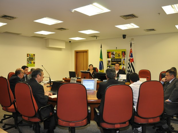Pacto firmando entre GM e sindicato será apresentado aos demitidos e votado em assembleia. (Foto: Divulgação/TRT Campinas)