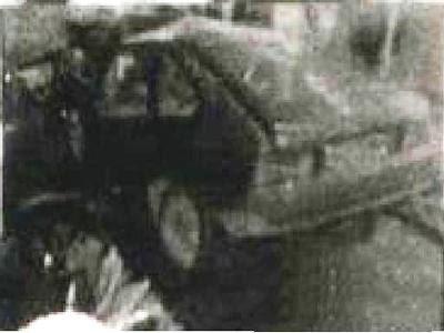 Согласно наиболее правдоподобной официальной версии, Цой заснул за рулем, после чего его светло-серый Москвич-2141 вылетел на встречную полосу и столкнулся с автобусом Икарус-250.