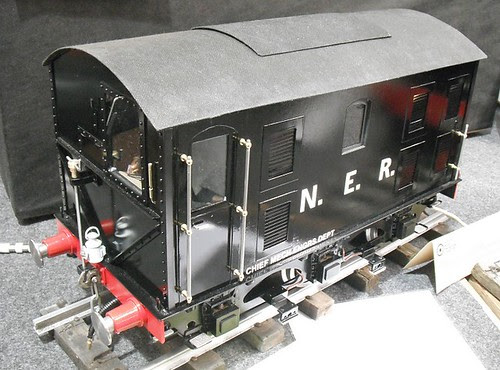 Bevelled gear engine