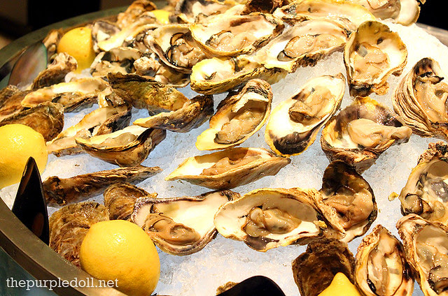 Oysters in L'Ecailler at Spiral Sofitel Manila