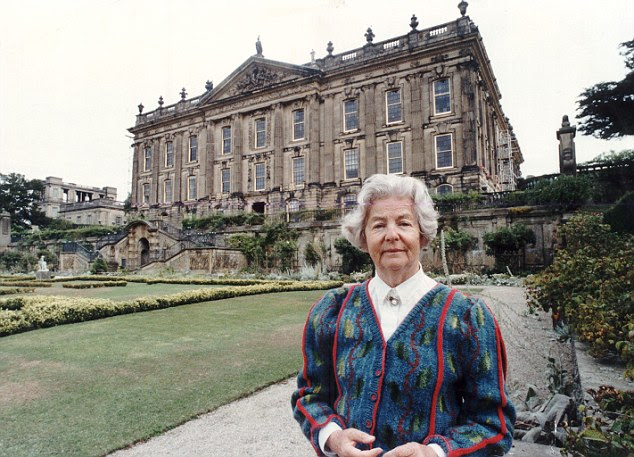 Deborah, Dowager Duchess of Devonshire and last surviving Mitford sister has died at 94, her son said