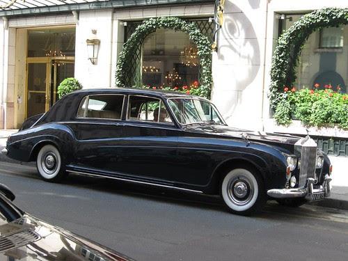Rolls Royce en la rue Faubourg
