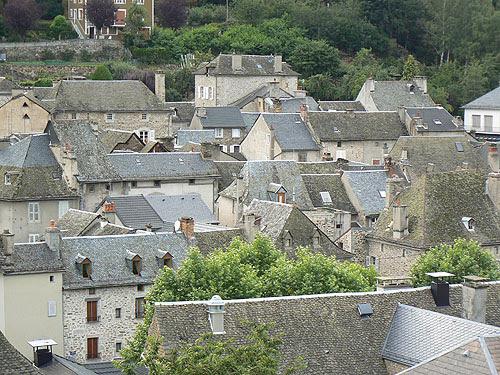 toits de Chaudes Aigues.jpg