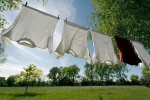 """perierga.gr - Απορρυπαντικό κάνει τα ρούχα """"καθαριστές"""" της ρύπανσης!"""