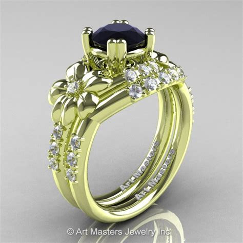 Nature Inspired 14K Green Gold 1.0 Ct Black and White
