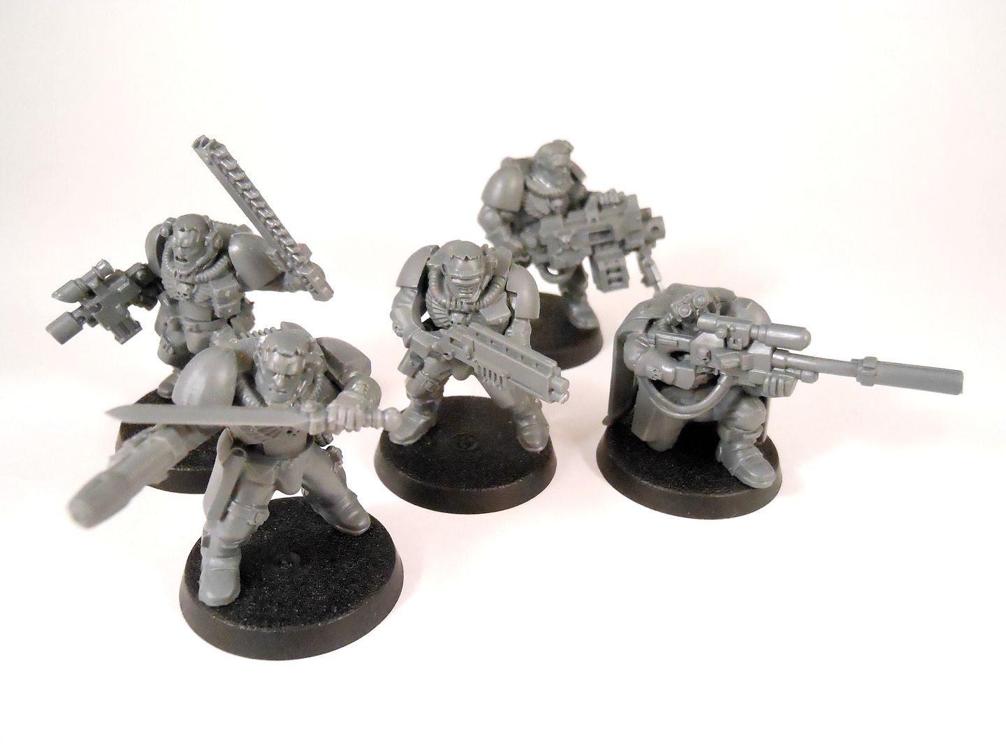 A space marine scout kill team from Shadow War: Armageddon.