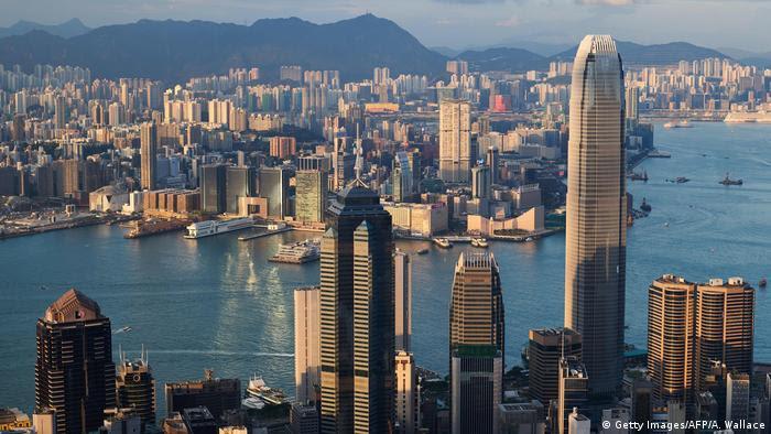 香港律政司僭建风波引爆政治危机