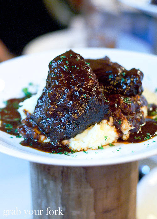 lowenbrau beef cheeks