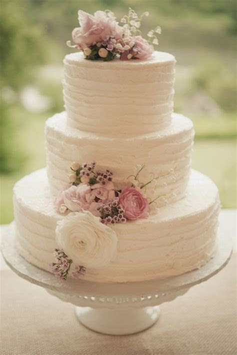 adored vintage  vintage inspired wedding cakes