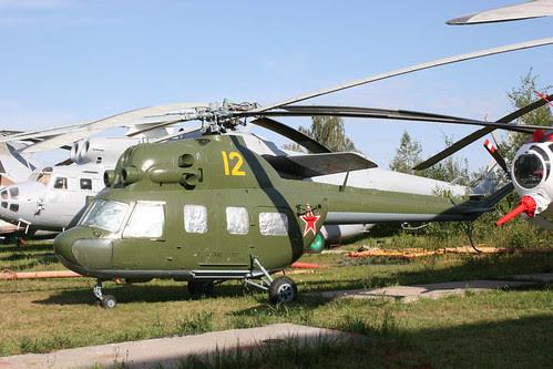 Mil Mi-2V2V 12 yellow
