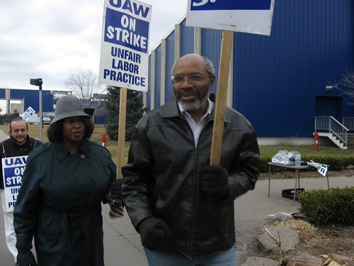 Abayomi Azikiwe, editor of the Pan-African News Wire, outside the American Axle plant gate during the UAW strike. This photo was taken on Sunday, March 16, 2008. (Photo: Alan Pollock). by Pan-African News Wire File Photos