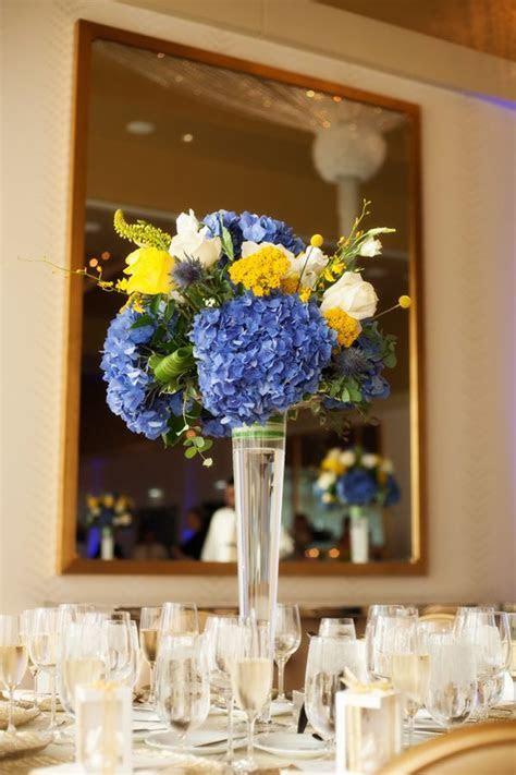 Best 25  Yellow flower centerpieces ideas on Pinterest
