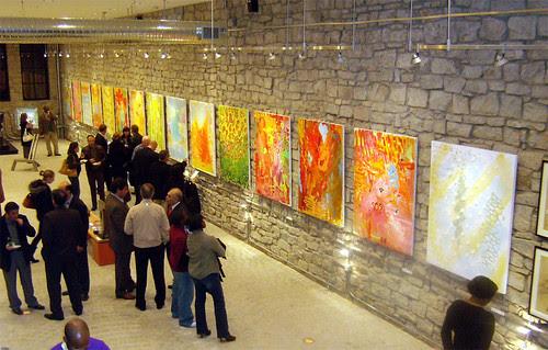 PB191787-2009-11-19-Besharat-Alexandro-Santana-From-Mezzanine