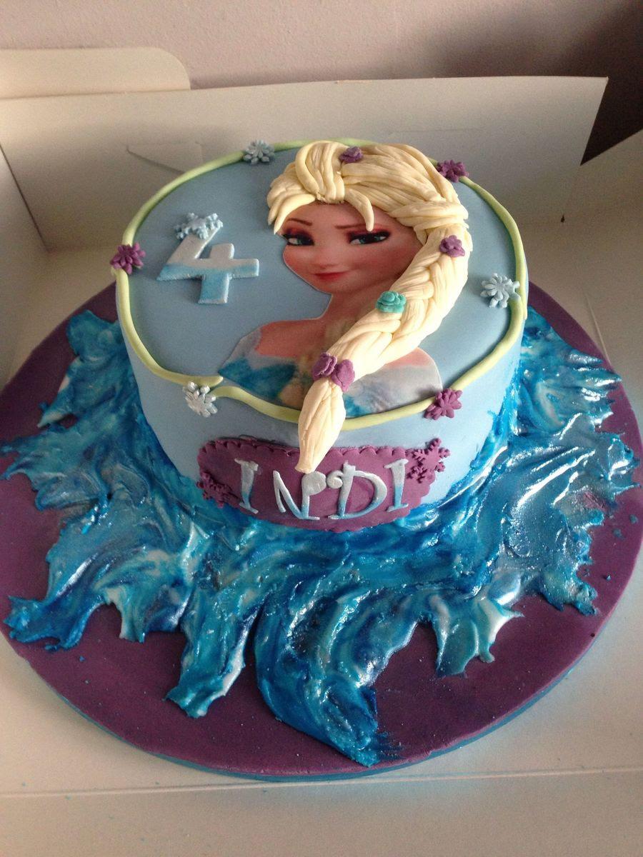 Disney Frozen Cake Recipe Is A Perfect Frozen Themed Idea