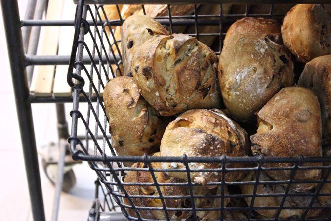photo 4-Le fournil des capucins boulangerie bordeaux_zps8s69jflw.jpg