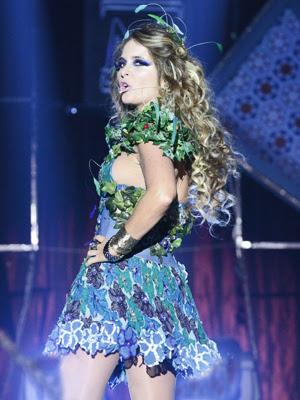Chayene também é uma das estrelas musicais de Cheias de Charme (Foto: Cheias de Charme / TV Globo)