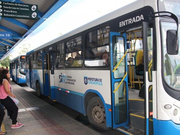 Quadro de horários dos ônibus em Florianópolis muda a partir desta segunda (5) (Foto: Luiz Gustavo Silva de Freitas/Divulgação)