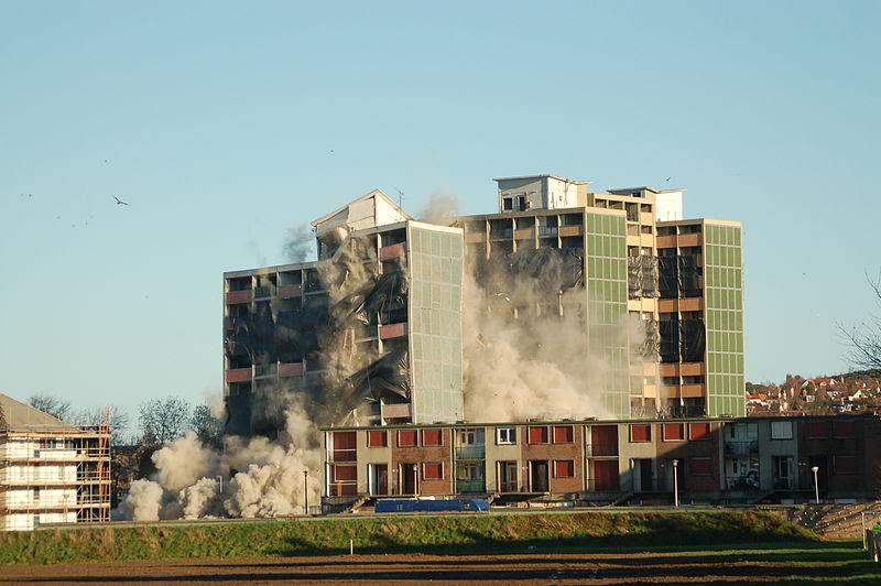 File:Oxgangs towerblock demolition.JPG