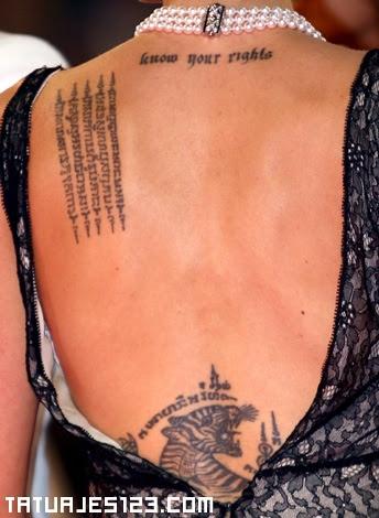 Letras En La Espalda Tatuajes 123
