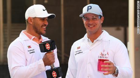 Koepka y DeChambeau asisten al lanzamiento del Campeonato HSBC de Abu Dhabi.