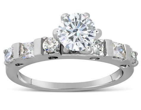 Half Carat Round Diamond Engagement Ring in White Gold