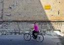 La stritte sui muri di Taranto contro l'Ilva i fratelli Riva ed il Governo