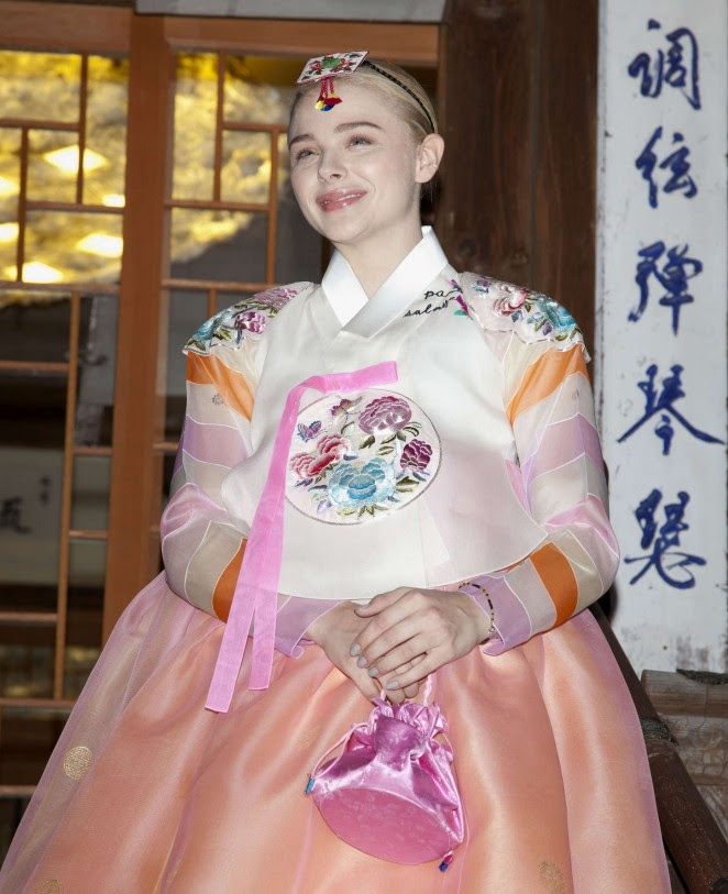 Chloe Moretz: Wearing a Traditional Dress -08