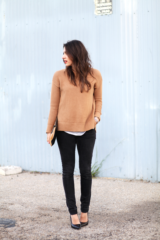 Le Fashion Blog Camel Honeycomb Sweater Beige And Black Clutch Black Cuffed Skinny Jeans Leather Pumps Via Natalie Dressed