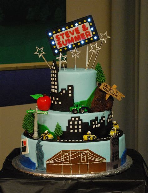 New York City Theme Cake   Skyline, Brooklyn Bridge