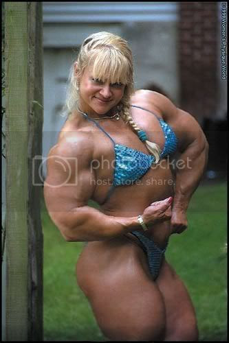 russian women have huge muscles lol