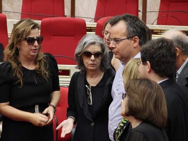 Ministra Cármen Lúcia também acompanhou velório de Teori Zavascki, mas não falou com imprensa (Foto: TRF-4/Divulgação)