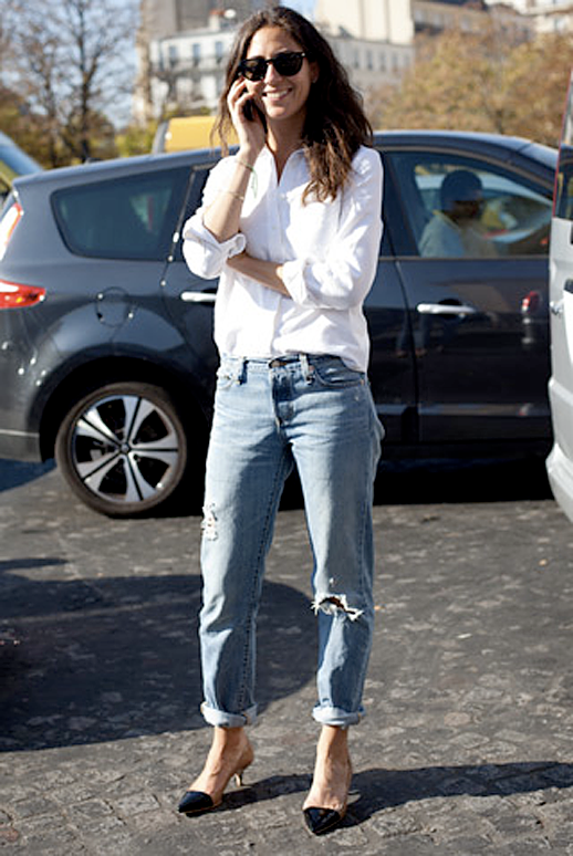 GRAZIA FASHION WEEK STREET STYLE CLASSIC CLEAN SIMPLE LOOK WHITE BUTTON DOWN UP SHIRT RIPPED TORN WORN BOYFRIEND ROLLED UP CROPPED DENIM JEANS CAP TOE SLING BLACK HEELS FASHION STYLE BLOG