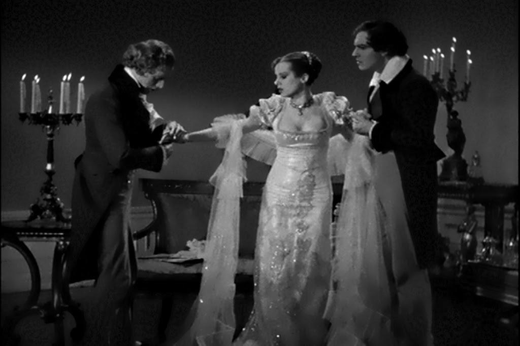 Bride of Frankenstein Elsa Lanchester Cleavage