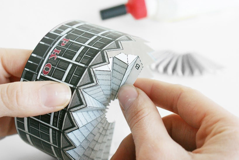 assembling-rotunda-pko-zupagrafika-designboom