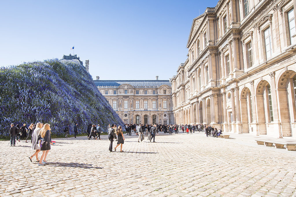 The Show Took Place in the Cour Carrée du Louvre