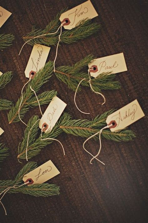 Best 25  Christmas place setting ideas on Pinterest