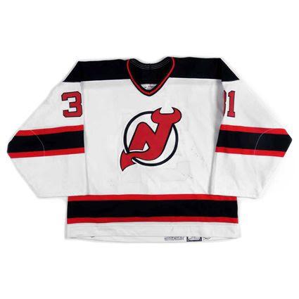 New Jersey Devils 2000-01 jersey photo NewJerseyDevils2000-01Fjersey.jpg