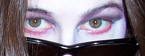 The eyes of a tard