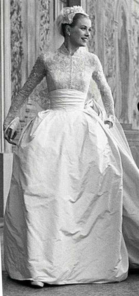 Grace Kelly Wedding Dress   Iconic Wedding Style