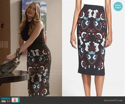 1000  images about Modern Family Style & Clothes by