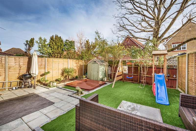 3 Bedroom House For Sale In Peppard Road, Maidenbower ...