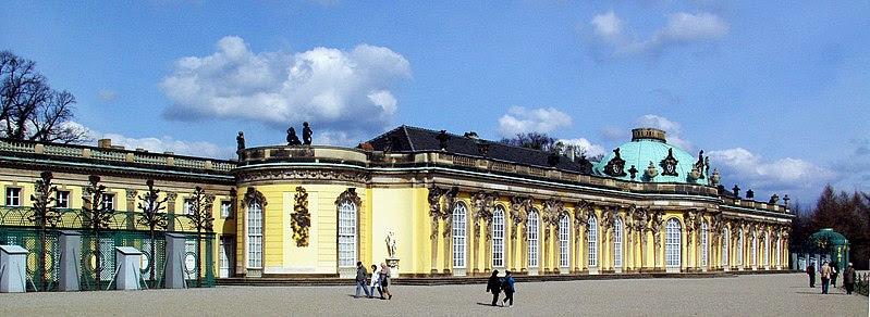File:Potsdam - Schloss Sanssouci.jpg
