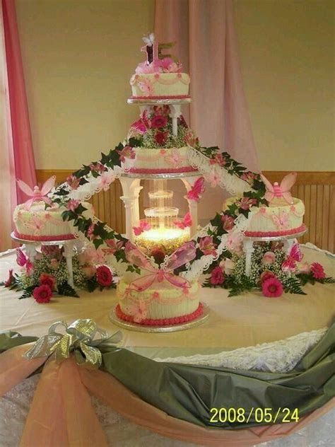 118 best QUINCEANERA CAKES images on Pinterest