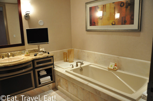 Tower Suite Bathroom Right